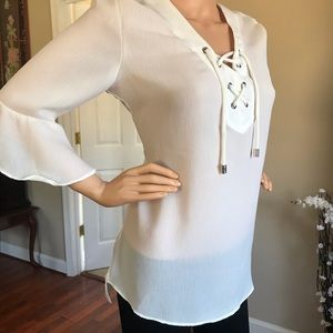 💟Loose fit white blouse, 3/4 sleeve, lace front💟